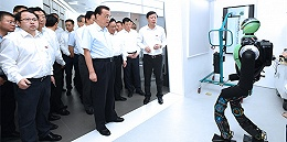 李克强在上海考察