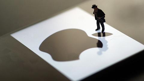 """苹果""""缺芯"""":并购、大年夜肆挖人和新建研发中间揽才"""