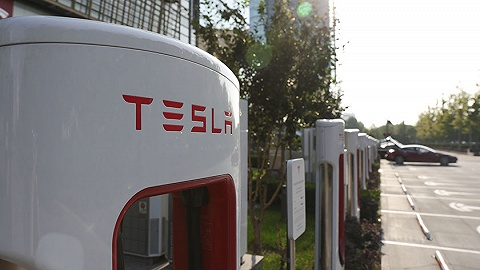 恢復免費充電,特斯拉為高端車找出路