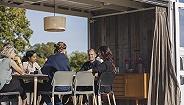 芬兰广泛推行灵活工作制,员工可灵活安排至少一半工时