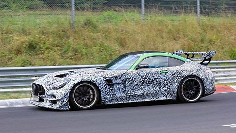 谍照   911 GT2真正的对手来了,AMG GTR黑版谍照曝光