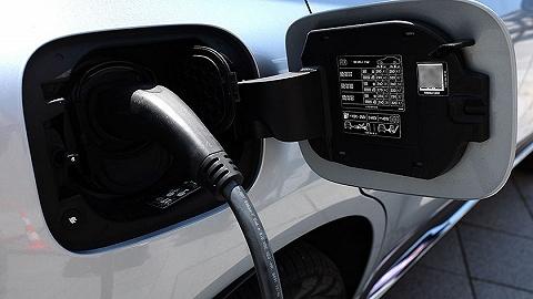 谁敢打响涨价第一枪,新能源车陷入两难