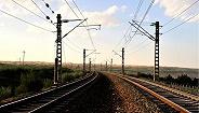 #发现最美铁路·重走丝绸之路#环球网系列网评四:沙漠铁路,