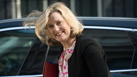 英国就业与养老金大臣辞职退党,约翰逊再遭打击