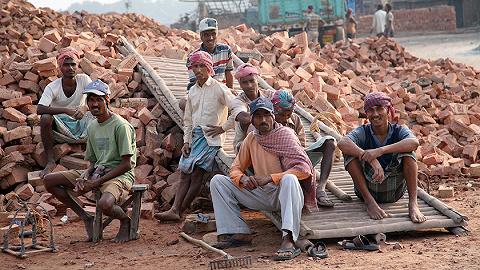 内需不给力拖慢经济增速,印度计划5年砸100万亿卢比大兴基建