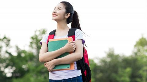 多地探索实施高中免学费,能否推及全国仍存诸多争议