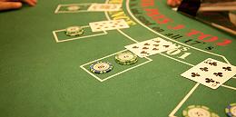 """【现场】此刻柬埔寨西港:房产中介最高时可月入百万,""""禁赌令""""后只有底薪"""