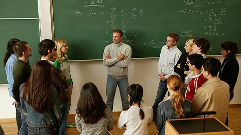 贫富生录取人数相差14倍,牛津、剑桥?#20449;?#20116;年内差距将减半
