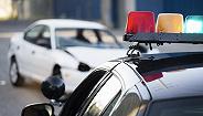 """长安剑谈""""交警扔车法律"""":危在旦夕时有没有标准答案?"""
