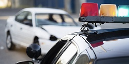 """长安剑谈""""交警扔车执法"""":千钧一发时有没有标准答案?"""