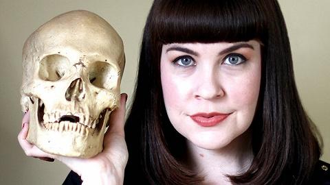 殡葬师凯特琳·道蒂:死亡不是失败,死亡是生命的自然组成部分