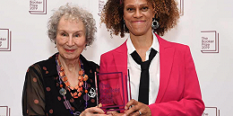 2019年布克奖创下多项纪录,阿特伍德与埃瓦里斯托共享奖金