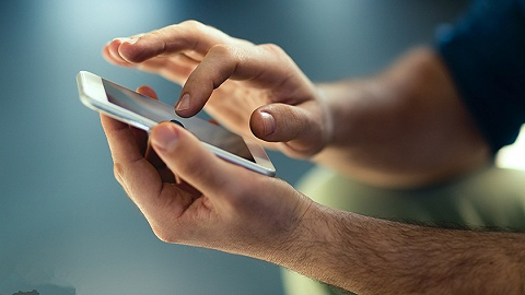 直通部委 | 工信部:11月30日前全国范围内可携号转网 卫健委:有虐待儿童记录个人禁止从事托育工作