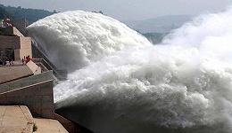 """广西""""三峡工程""""提前一个月实现大江截流,进入二期建设阶段"""