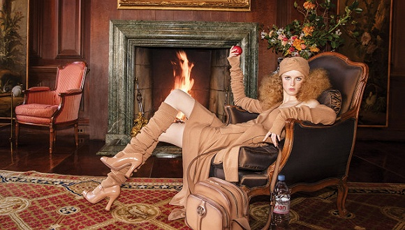 超越娱乐:多亏Versace,Michael Kors母公司新一季财报还算有亮点图1