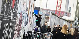 【深度】柏林墙倒塌三十年:依旧失落的东德
