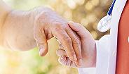 国家医保局明确长期护理险应为独立险种