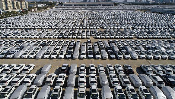 降幅继续收窄,全国汽车产销8%负增长几成定局