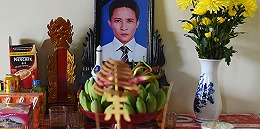 """越南为""""死亡货车""""遇难者遗骸归国提供贷款,家属满是无奈:再借不起了"""