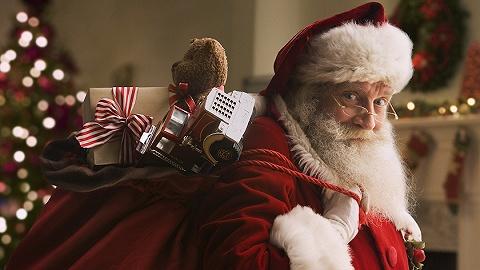 被网购俘虏的宅家男女,终于在圣诞季为他去了趟实体店