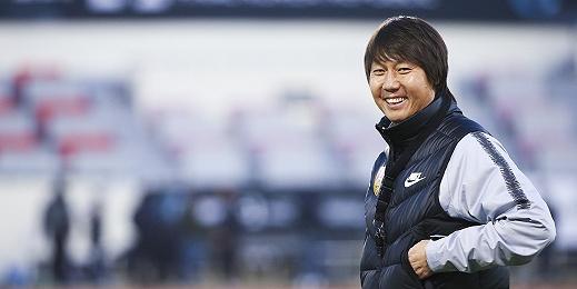 辭舊迎新,中國男足的新篇章又從東亞杯開始