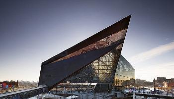 透明的墳墓:為何玻璃建筑正在毀滅世界?