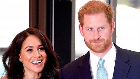 """英国王室同意哈里夫妇退出公职:不再使用""""殿下""""头衔,今春生效"""