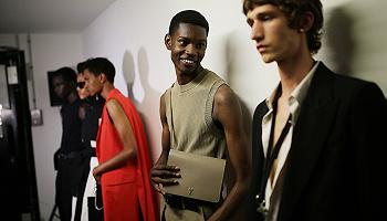 快看丨传巴黎时尚品牌AMI积极接洽投资人,Calvin Klein想挖走其创意总监