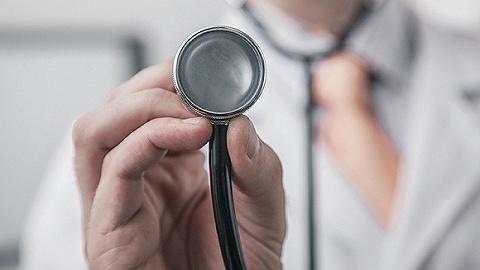 国家卫健委:近6000人医疗队支援湖北,看病难住院难已很大程度缓解