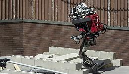 工业之美 谷歌发明了自主学习机器人,1.5小时即能学会行走
