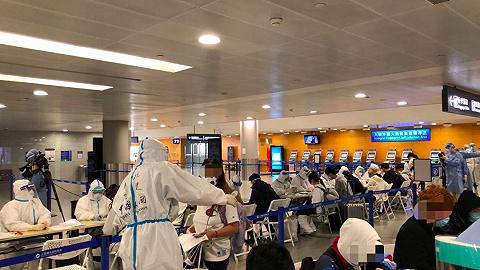 """直击浦东机场""""130模式"""":重点排查""""无症状""""入境旅客"""