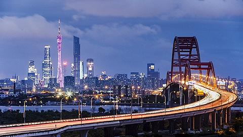 30家房企爭搶讓網站崩潰,廣州單日賣地240億