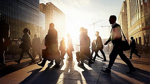 英国申领失业救济人数创20多年新高