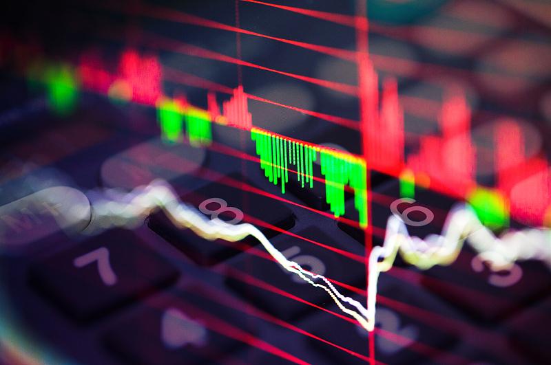 ST国重装重返A股首日收涨85.24%,不足三成流动筹码易主