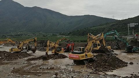冕宁山洪灾害|彝海镇镇长反思:极端天气、救援设备不足、基础设施存短板