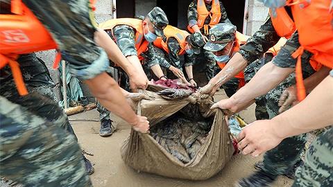 四川冕宁特大暴雨灾害已致16人遇难、6人失联