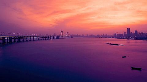 上海大连对口合作座谈会在沪召开,大连城市主题形象推介亮相外滩
