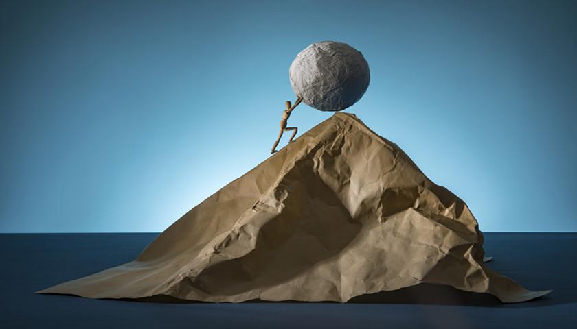 财说  股价新高业绩下滑,通威股份举债扩产之路还能走多远?
