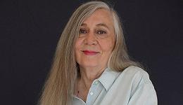 普利策作家玛丽莲·罗宾逊:社交网络使我们逃避理性与体面的约束