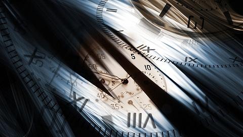 """挣得越多就越想要钱,""""时间就是金钱""""的错误观念如何影响了我们?"""