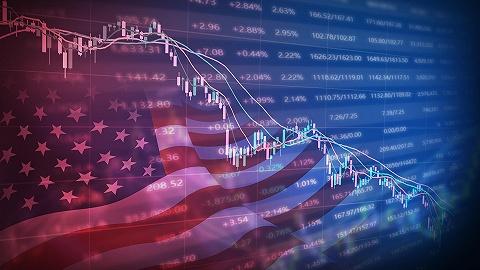 贝莱德上调美股评级至超配,青睐大型科技股和顺周期小型股