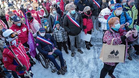 奧地利爆發萬人反封鎖抗議,輝瑞疫苗可能對年長和絕癥患者風險過大 | 國際疫情觀察(1月17日)