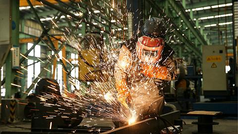 產需兩端擴張放緩,4月制造業PMI回落至51.1%