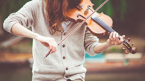 跨时三年的国际小提琴比赛在沪重启,将于2022年举行决赛