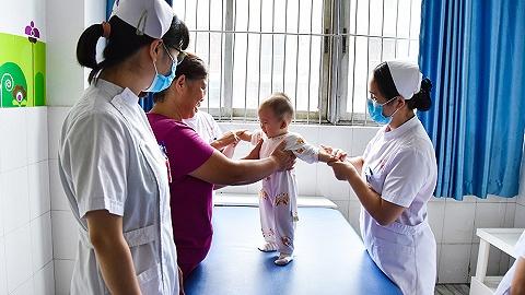 【图集】国际护士节:白衣天使守护一生