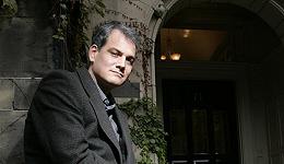 因性骚扰指控被下架的《菲利普罗斯传》被另一出版商接手