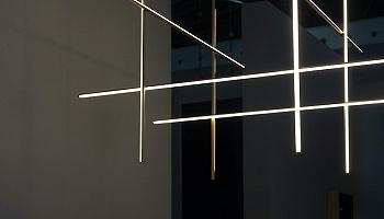 是艺术表达还是工业设计?FLOS制造奇妙光效 | 设计生活④