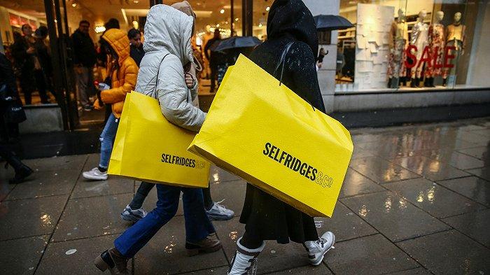 摩登4首页游客必到的英国奢侈品百货地标Selfridges遇百年难关,或被出售