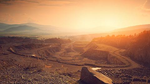 发改委一调研,铁矿石期货暴跌、钢铁股大涨