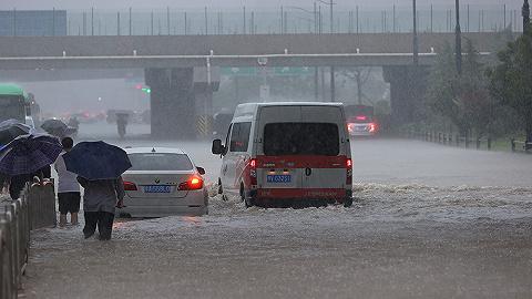 郑州地铁5号线被困隧道,车厢内水位一度齐胸